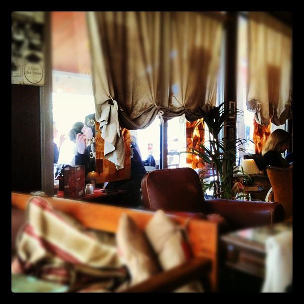 Un bon vrai dimanche c'est surtout au Dolly's :) (By Kalyoz)