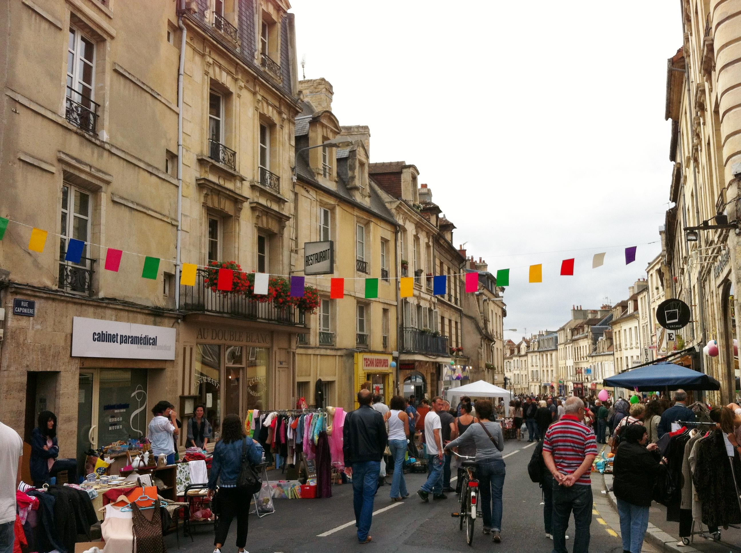 Brocante rue Caponière 1